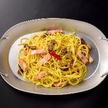 ベーコンとポルチーニ茸のペペロンチーノ