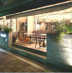 タブレスコーヒーベーカリー&ダイナー南堀江店