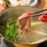 【選べるお肉】と【選べるお鍋】をご用意しております!