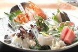 いろいろ食べたい! 新鮮鮮魚の盛り合わせ!
