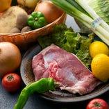 京鴨や季節野菜など、京都から届く日替わり素材は限定メニューでご提供。