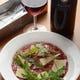 新しい味覚に出会える『イタリア風 馬肉のカルパッチョ』