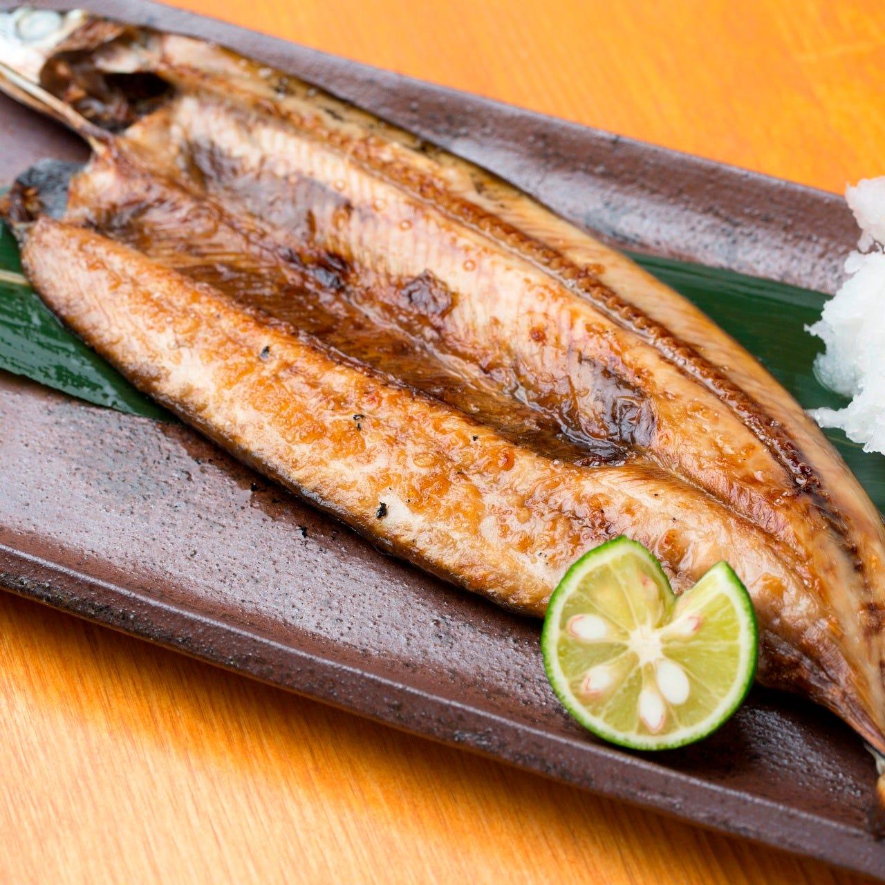 毎朝市場から仕入れる鮮魚は、煮ても焼いても美味しい!