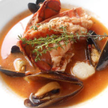 オマールテールと帆立、ムール貝のブイヤベース