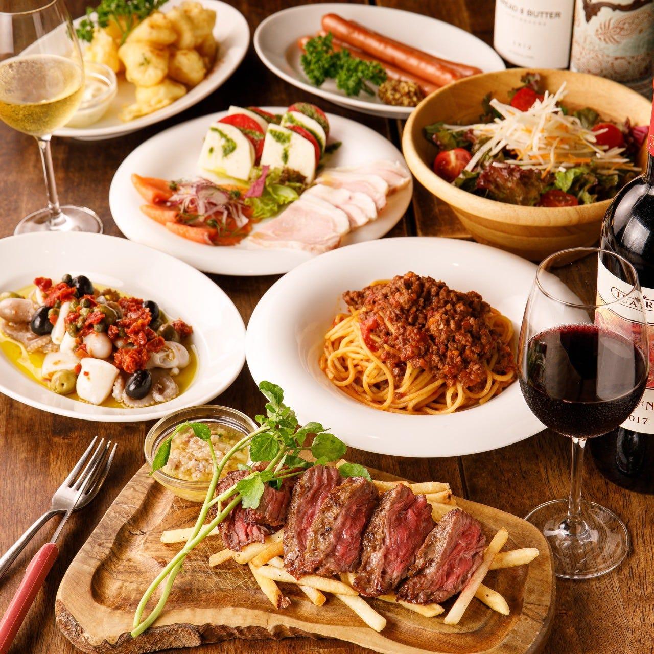 サラダやパスタなどをお好みで料理を選べる♪一押しは王様プラン