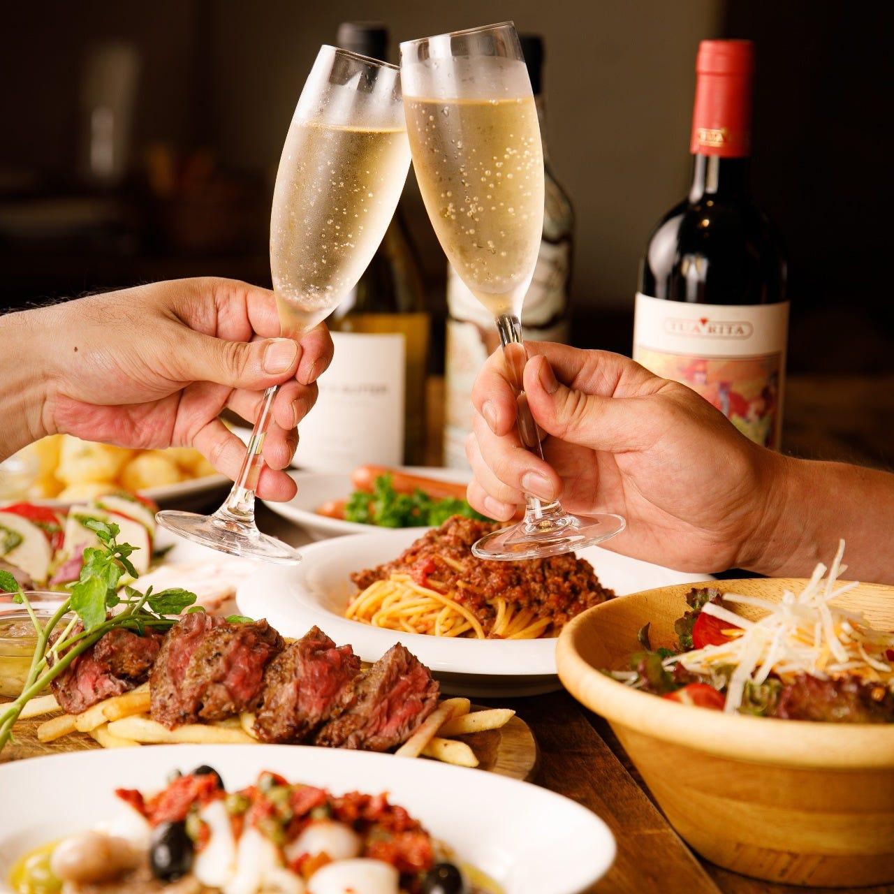 シャンパンで乾杯◎嬉しい特典付の宴会コースで充実のひと時を
