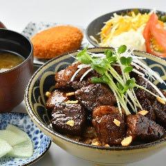 ひとくち ビフテキ丼(ランチ・ディナー)