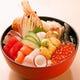 新鮮なネタを用意!!『海鮮丼』