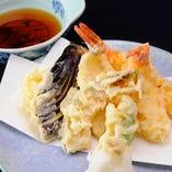旬の食材を天ぷらで楽しめます