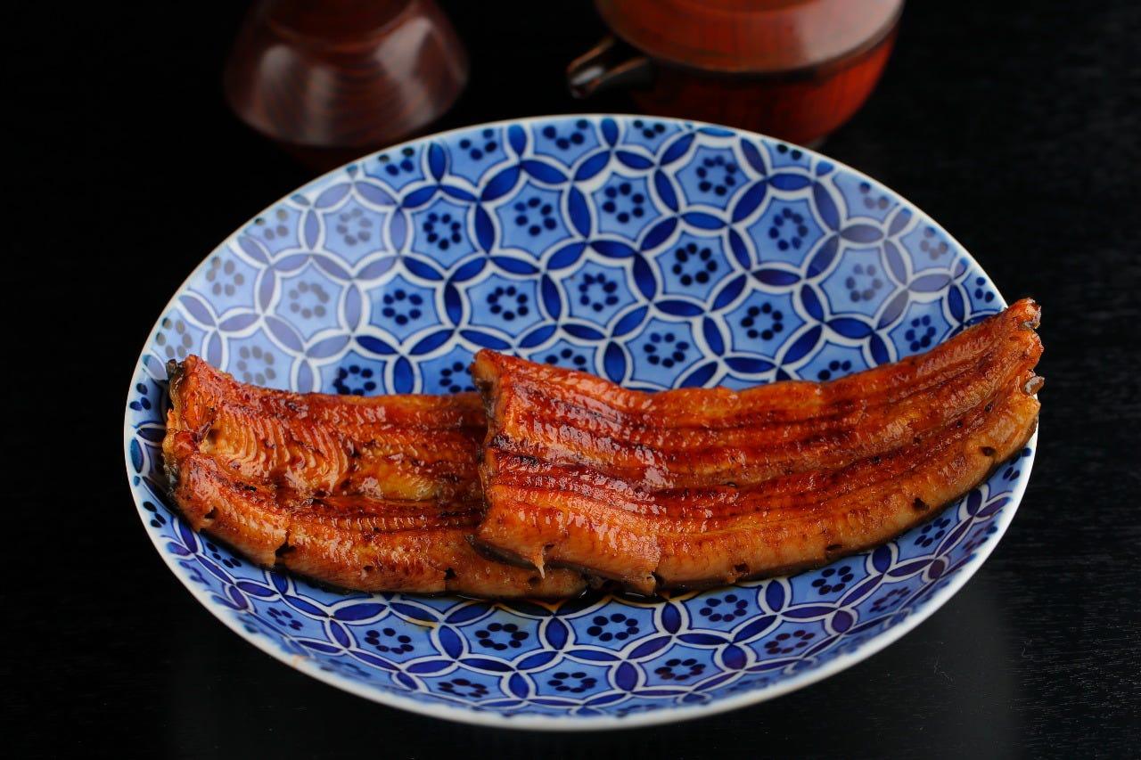 伝統のうなぎ料理を懐石コースで堪能