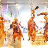 焼き物専門店で提供される香港で馴染み深いローカルフード!