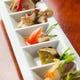 洋皿に盛り付けする華やかな和食。多品目で少量でも満足