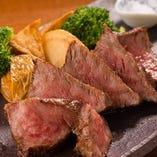 村上牛のステーキ ☆豊富なドリンクとどうぞ