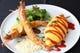 お昼の一番人気オムライスランチ1195円(税込1290円)