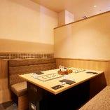 【16名様まで】白木調の明るい半個室(4名様×4室)