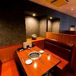 テーブル席(2名様~4名様)