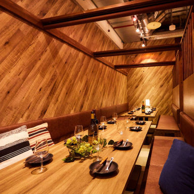 鶏とチーズの個室居酒屋 鶏℃(とりどし) 名古屋駅前店 店内の画像
