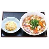 酸辣湯麺(サンラータンメン)セット