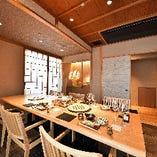2階・個室席【7名様~8名様】ビジネスのお集まりやご友人との会食など多様なシーンに