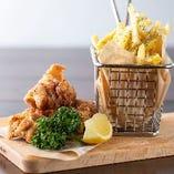 チキン&チップス(唐揚げ&フライドポテト)