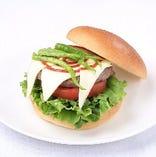 うずまきボルトの青唐辛子バーガー