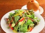 野菜たっぷりグリーンサラダ 丸ごとGFドレッシング