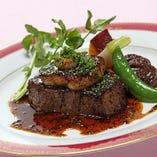 和牛フィレ肉のポワレ、ロッシーニ風