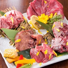 焼肉と鍋 食べ放題 元×元(Gin×Gin) 新橋店