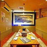 掘りごたつ席(8~10名様まで) ご家族やご友人とのプライベートなお食事に最適