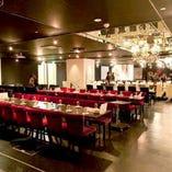 併設のもうひとつの会場『Dining Bar QUEEN』