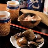 「日本酒出汁割り」は、枕崎の鰹と桑名のはまぐりの2種をご用意