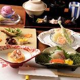 先付けからお造り、焼き物に強肴など日本料理「おためしコース」