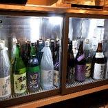 冷蔵で品質を保つ、三重の地酒と全国からの日本酒