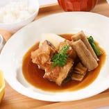 ■ランチ■ 「メロカマの煮付け」をメインとした御膳がおすすめ