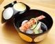 冬瓜、イサキ、鞘巻海老のすっきりした飲み口の椀物