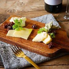 ■4種チーズ盛合せ
