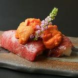 牛炙り寿司や尾崎牛カレーなど、使用部位にこだわった逸品料理