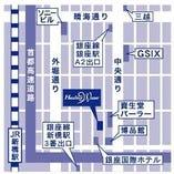 銀座博品館の裏通り 銀登美さんの地下2階です