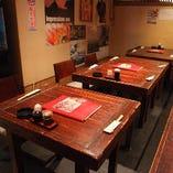 テーブル席(10~12名様)