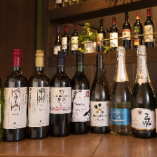 国産ワインのラインナップが自慢