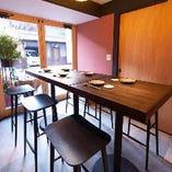 【個室/4~8名様】テーブルレイアウトや食事のスタイルが自由になるアクティブルーム