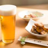 ビールは「うすはりグラス」でのご提供