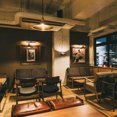 釜焼きピッツァとワイン酒場 NADESHICO 店内の画像