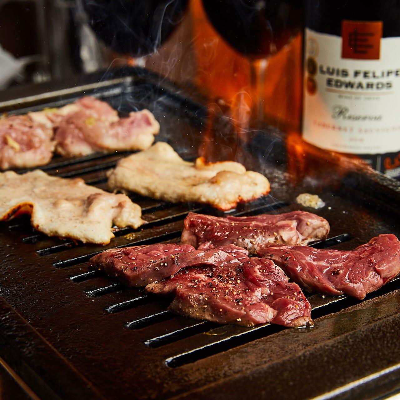 焼肉とステーキは食べ放題でもご提供