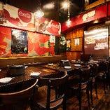 少人数の飲み会やランチに適した1階テーブル席