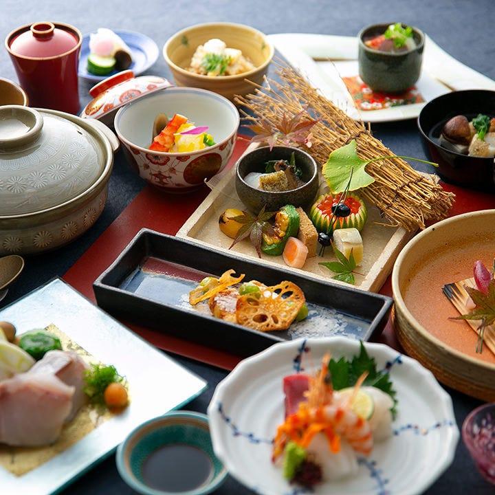 季節感を重んじる、伝統的な日本料理