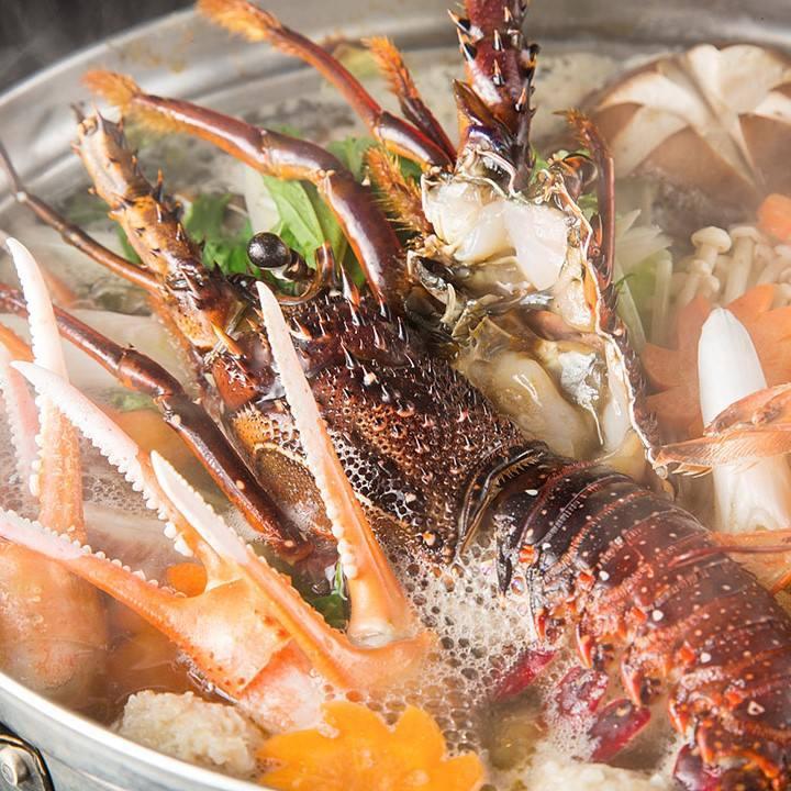 九州が誇る美味しい食材を惜しみなく使用したお料理を各種宴会で