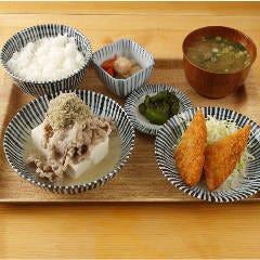 肉豆冨定食