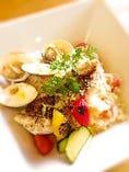 ユメカサゴ(白身魚)・ハマグリ・彩り野菜のチーズリゾット