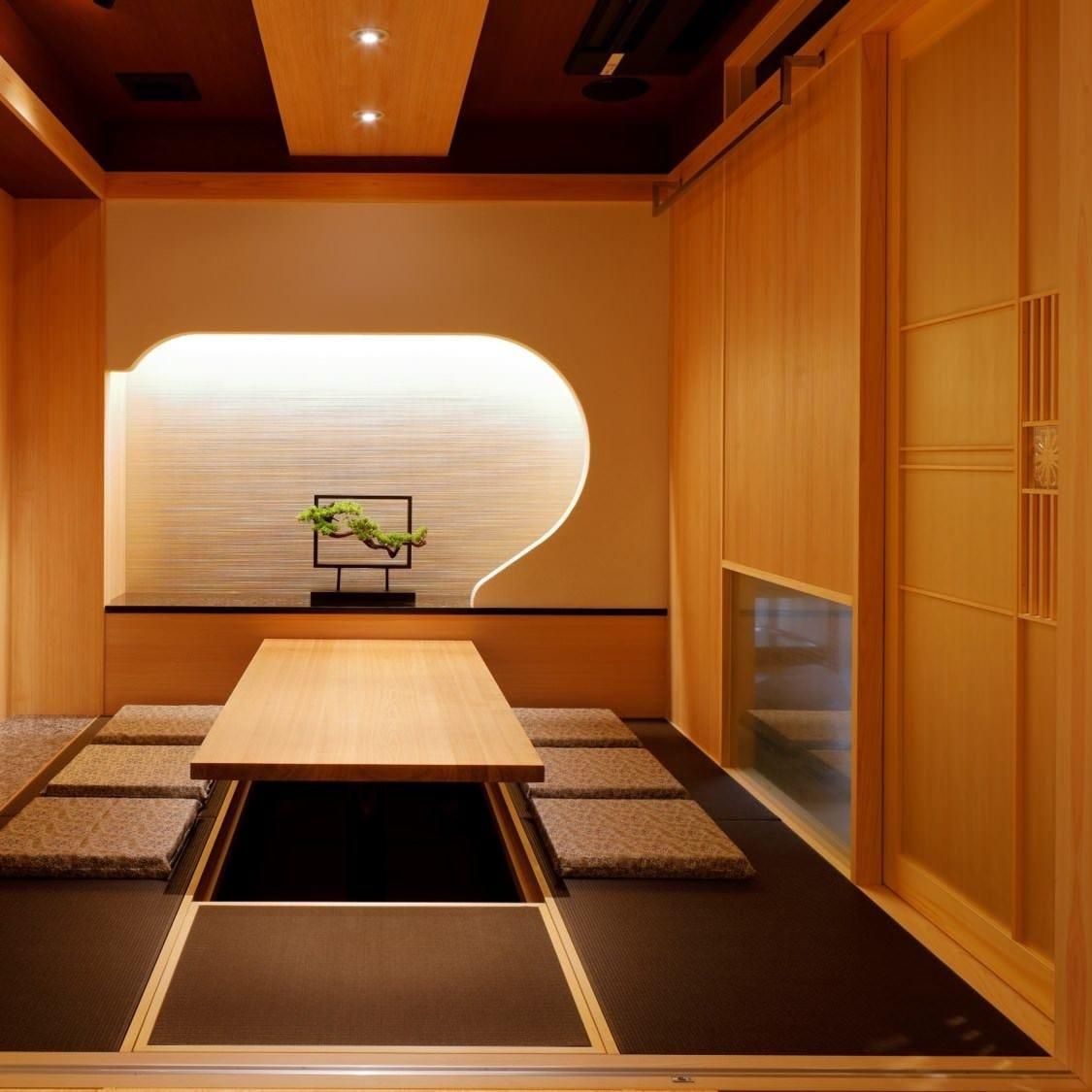 全室、完全個室の掘り炬燵席です。